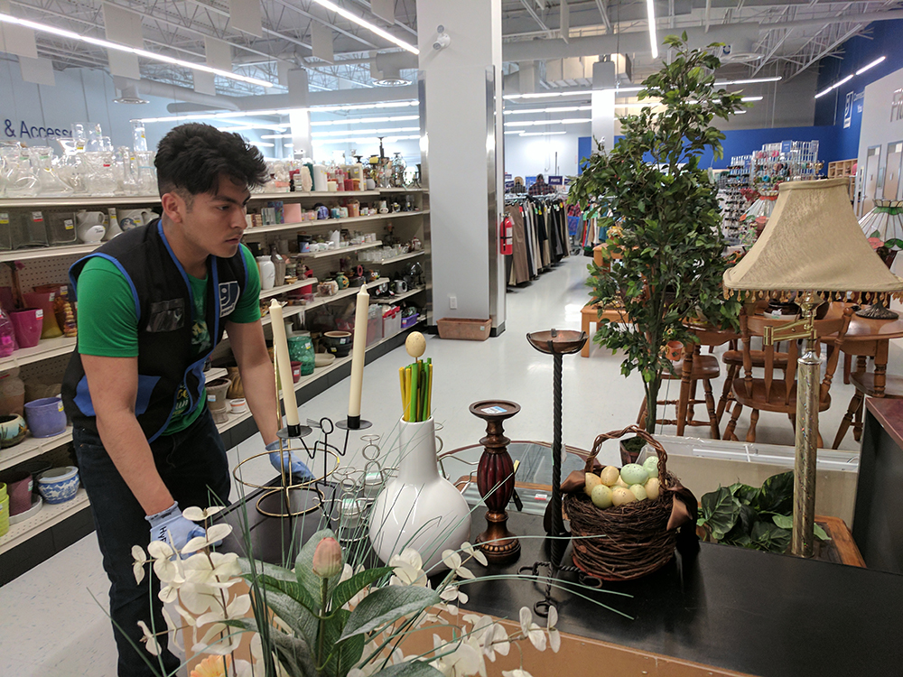 Goodwill-Thrift-Stores-6